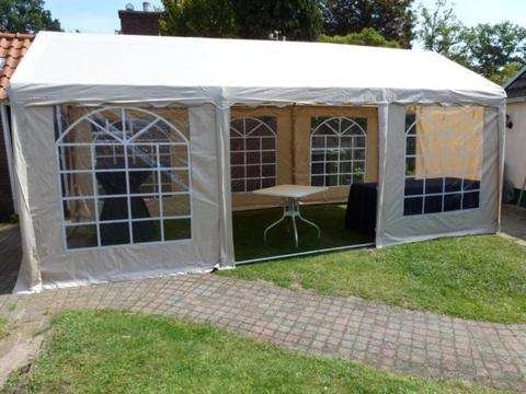 Partytent 6 x 3 mtr. luxe
