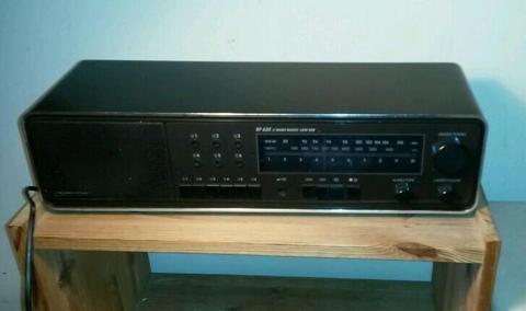Grundig radio RF 630 (uit periode1985 -1987)