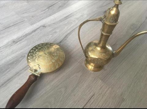Antieke Koperen theekan en as verzamelaar