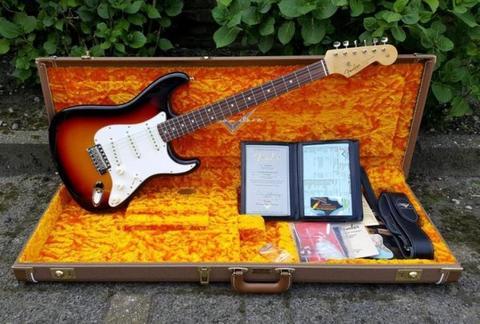 USA Fender Custom Shop 1963 NOS Stratocaster Sunburst