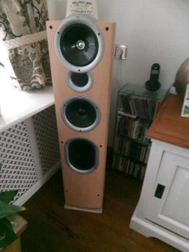 2 Kef Q11 en/of 2 Kef IQ9 speakers + Marantz SR4600 + DV4610