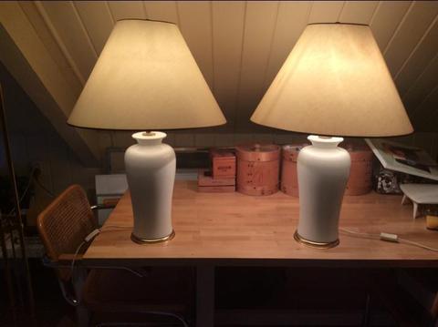 Lampen met wit porseleinen voet