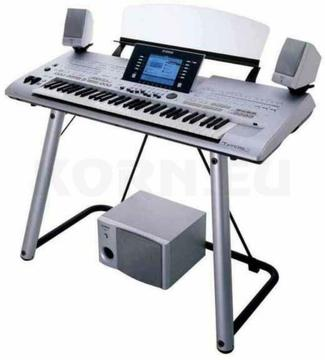 YAMAHA Tyros 3 Keyboard Workstation