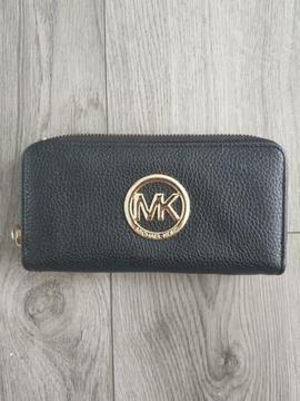 Dames portemonnee zwart met goud!